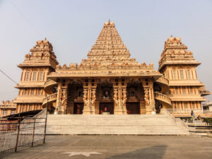 chattarpur-temple-at-chhatarpur-in-delhi