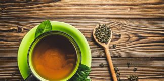 advantages-and-disadvantages-of-drinking-green-tea