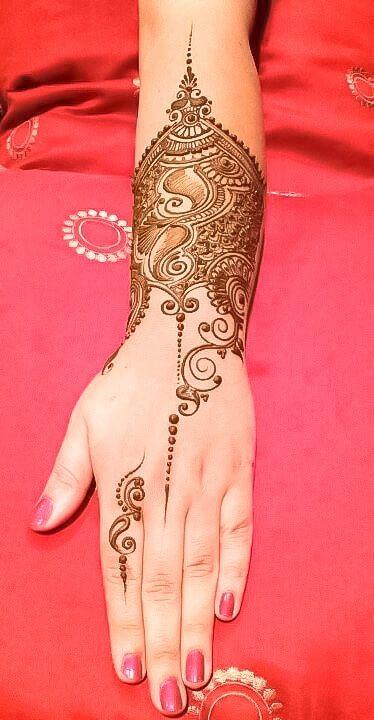 hand mehndi design simple and beautiful