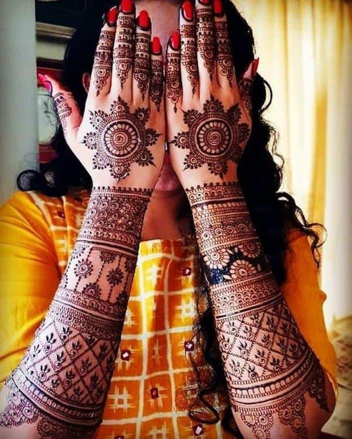 mandala hand mehndi design