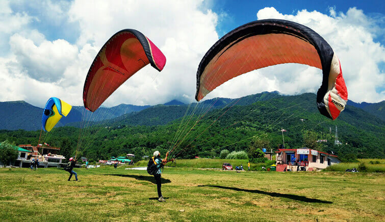 Paragliding-destination-Bir-Billing-india-adventure-sports