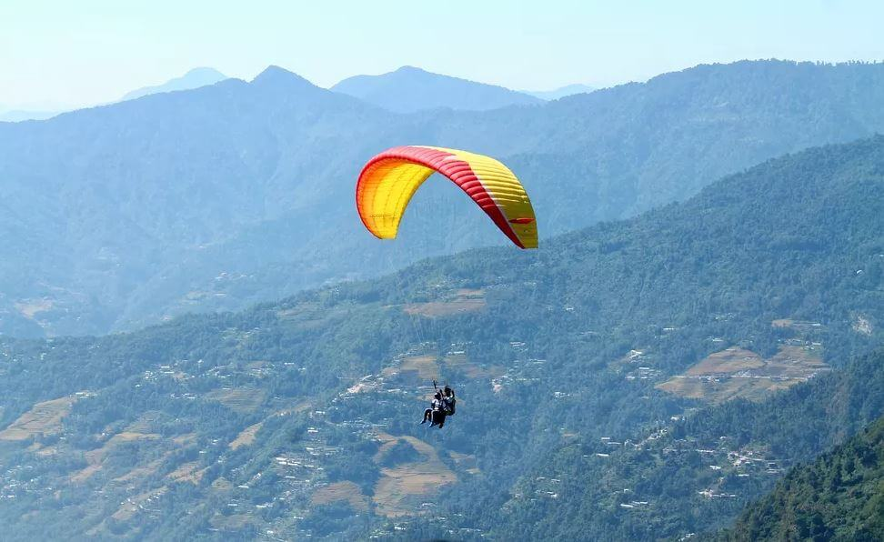Paragliding-destination-sikkim-india-adventure-sports